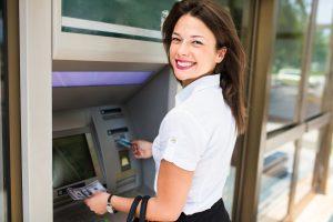 ¿Cuánto cobra de comisión un cajero automático ATM en USA?