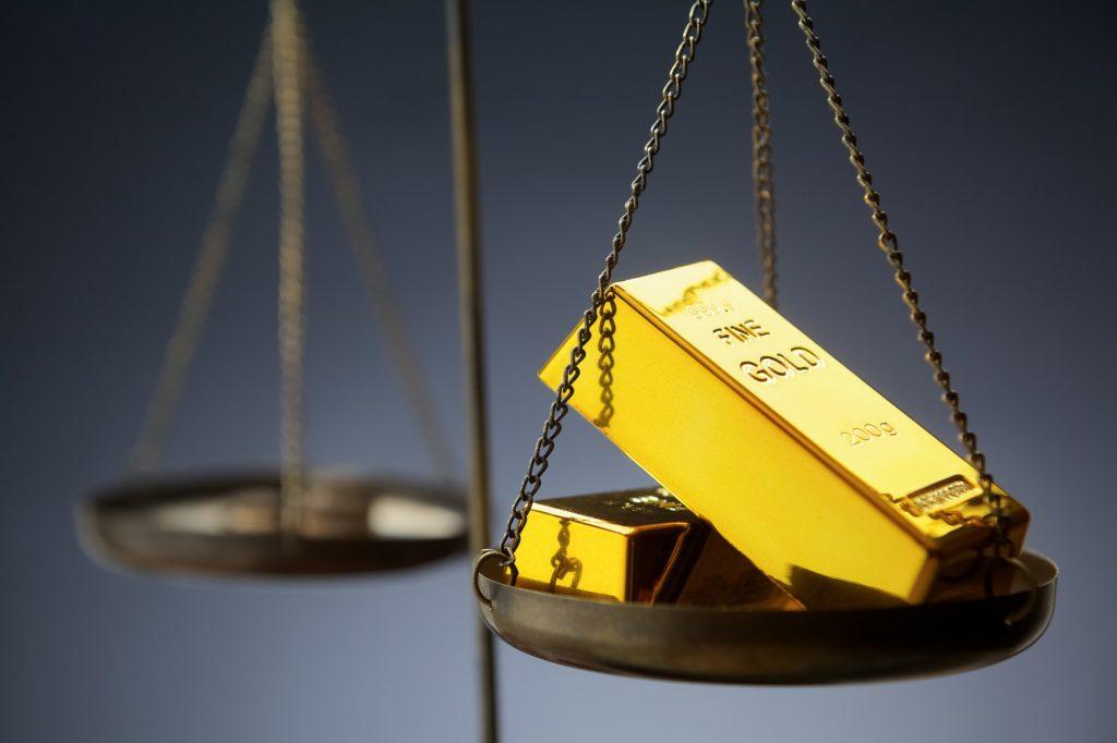 ¿Cuánto pesa un lingote de oro?