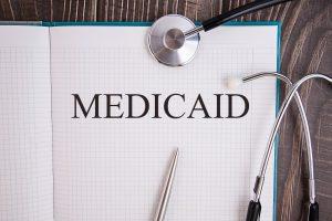 ¿Qué cubre Medicaid?