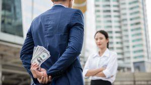 ¿Qué es la infidelidad financiera?