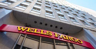 Agregar un co-firmante a una cuenta de Wells Fargo