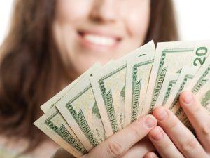Ayuda en efectivo en Florida: Cómo aplicar para Temporary Cash Assistance (TCA)