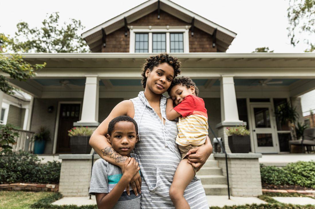 Ayuda para vivienda de madres solteras