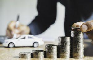 Cómo ahorrar dinero para comprar un carro