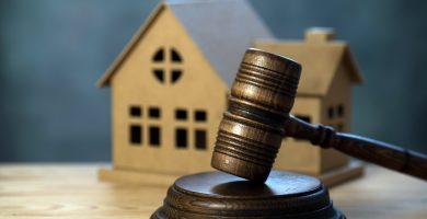 Cómo comprar una casa embargada y en remate por banco