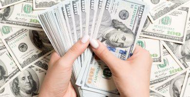 Cómo empezar un negocio de préstamos por mal crédito