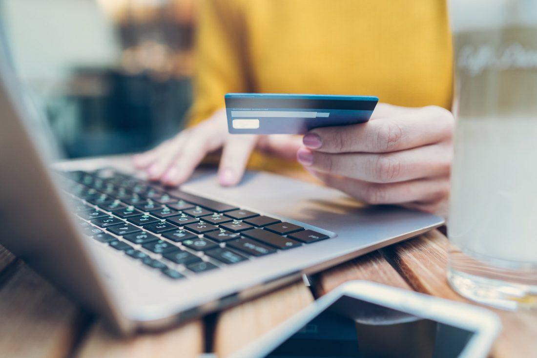 Cómo pagar la tarjeta de crédito de Bank of America
