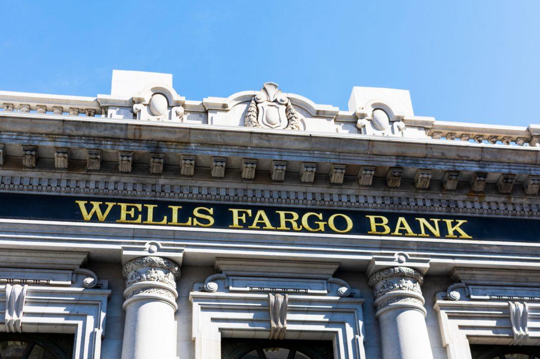 ¿Cómo cerrar una cuenta en Wells Fargo?