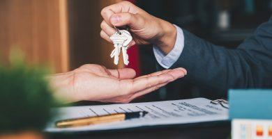 Cómo comprar una casa si eres una persona de bajos recursos