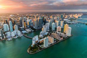 Cuanto dinero se necesita para vivir en Miami