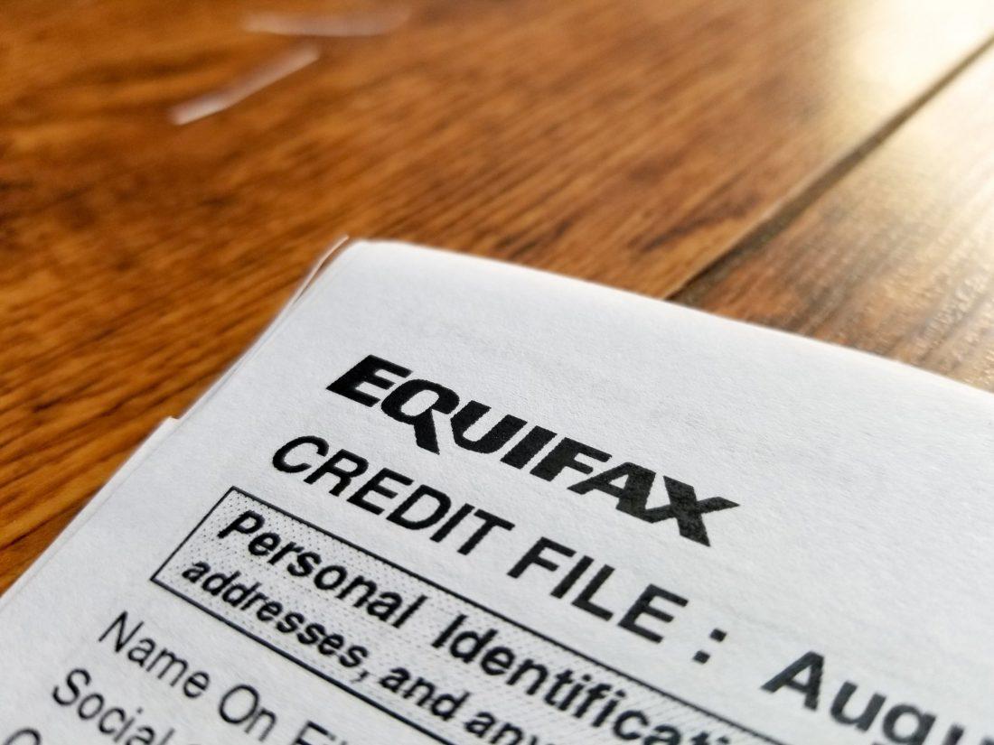 FICO vs. Experian vs. Equifax: ¿Cuál es la diferencia?