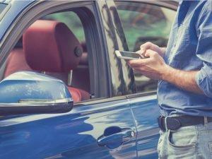 Las mejores aplicaciones para comprar carros usados y nuevos