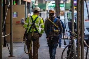 Nueva ayuda para encontrar trabajo para inmigrantes en New York