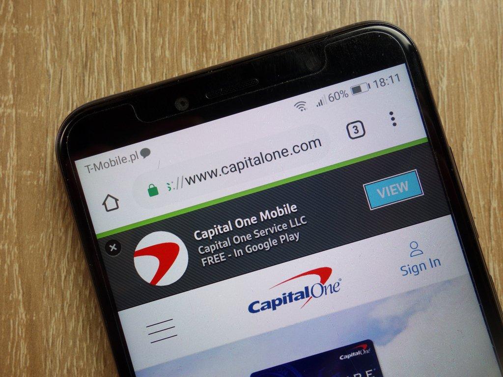 Cómo abrir una cuenta de Capital One