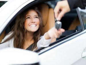 Cómo comprar un carro sin crédito