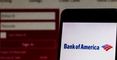 Cómo depositar un cheque de Bank of America por teléfono