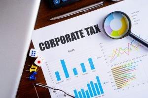 Cómo hacer los taxes de una corporación