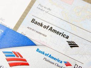 Cómo llenar un cheque de Bank of America