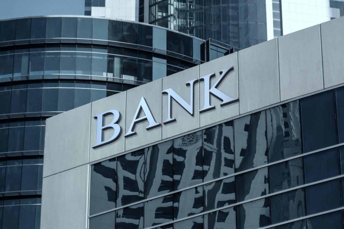 ¿Dónde hay sucursales de First Bank?