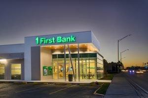 First Bank teléfono de atención al cliente en español