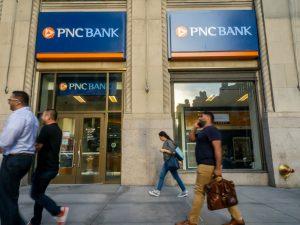 PNC Bank horarios