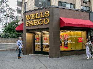 ¿Los bancos están abiertos hoy?