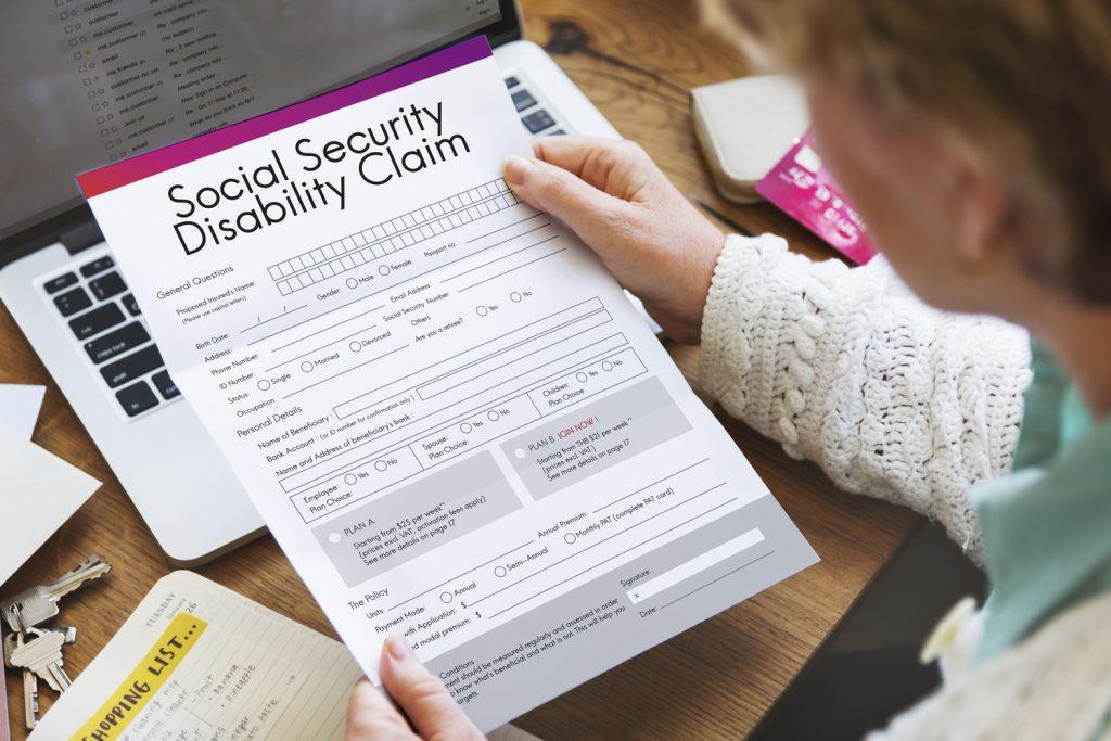Aplicación para el Seguro Social por incapacidad y enfermedades