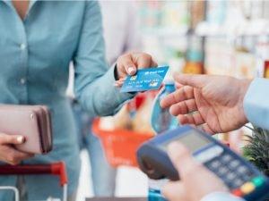 Número de transacciones con tarjetas de crédito por día y por año